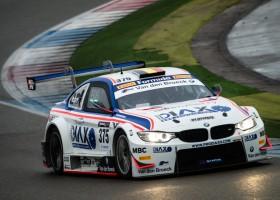 Koen Bogaerts met een BMW M4 in de Supercar Challenge