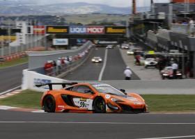 McLaren wint Bathurst 12 hours