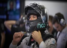 Rosberg profiteert van pech Hamilton en pakt pole, Verstappen P9