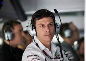 Wolff wil minimum leeftijd voor F3