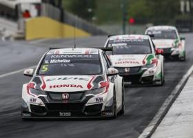 Honda wint tijdrit op de Nordschleife