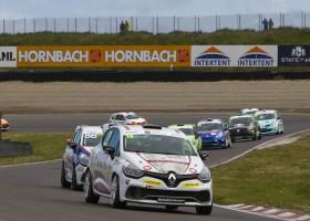 Renault Clio Cup Benelux 2016 aan de start tijdens Spa Euro Race op Spa Francorchamps