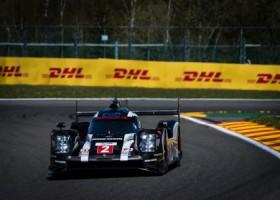 Porsche begint van eerste startrij, regen teistert kwalificatie