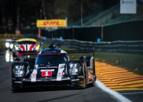 Porsche voor Toyota en Audi na vijf uur wedstrijd