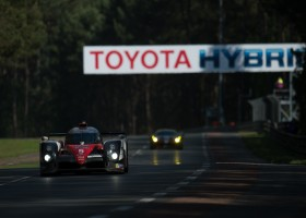Toyota aan kop op Le Mans, tweede Toyota spint