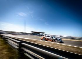 Mercedes begint sterk in Zandvoort