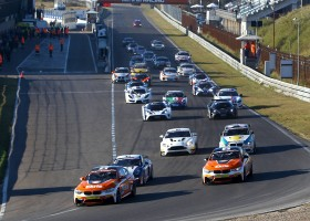 Mooie GT4-wedstrijden op Zandvoort