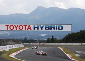 Toyota zinspeelt op inzet derde bolide