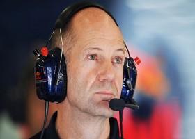 Newey prijst Renault om vooruitgang