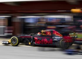 """Verstappen: """"Red Bull nog niet snel genoeg voor de winst"""""""