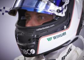 Bottas pakt zijn eerste pole, Verstappen p6