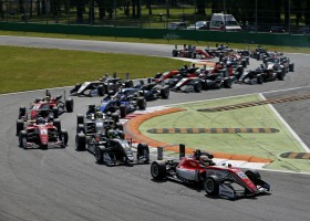 Ilott wint derde F3-race op Monza