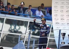 Ghiotto wint F2-wedstrijden in eigen land, De Vries sterk op nat Monza