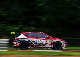Twee keer podium in Engeland voor Febo Racing