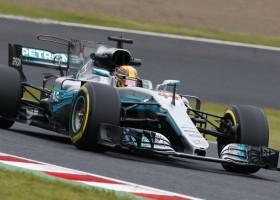 Lewis Hamilton pakt op overtuigende wijze de pole