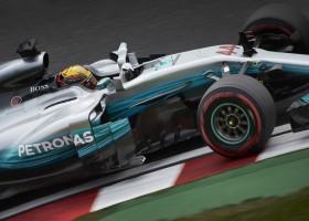 Winst voor Hamilton, Verstappen rijdt naar p2