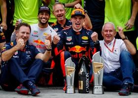 Verstappen langer bij Red Bull