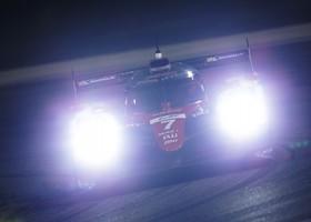 Fernando Alonso test met Toyota LMP1-bolide
