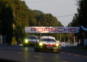 Porsche met vier fabrieks GTE-bolides naar Le Mans