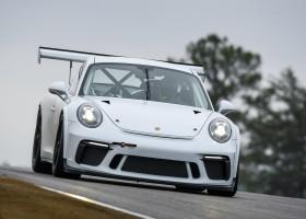 Meijer, Heber en Van Berlo met Porsche naar Dubai
