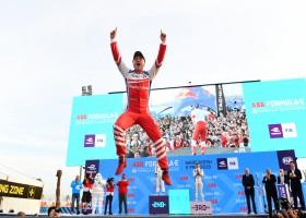 Felix Rosenqvist wint in Marrakesh