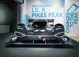 Volkswagen met elektrische bolide naar Pikes Peak heuvelklim