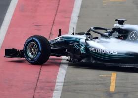 Hamilton en Bottas op eerste startrij, Verstappen naar p5