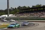 Dubbelzege voor BMW; Farfus overwint