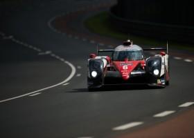 Toyota op Le Mans als leider de nacht in