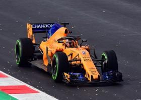 McLaren nog steeds in hoek waar klappen vallen
