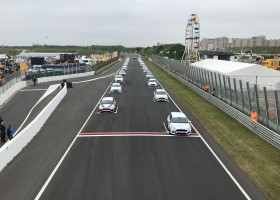 Laurens de Wit pakt eerste zege Fiesta Sprint Cup