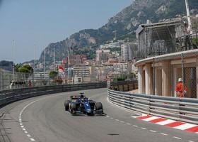 Markelov snelste in straten Monaco, De Vries ziet finishvlag niet