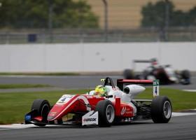 Mick Schumacher wint op Silverstone