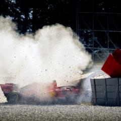 Vettel crasht de SF90 in de bandenmuur van bocht drie op Barcelona