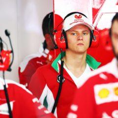 Schumacher test voor zowel Alfa Romeo als Ferrari