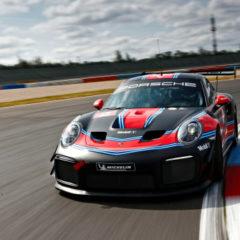 The-Porsche-911-GT2-RS-Clubsport