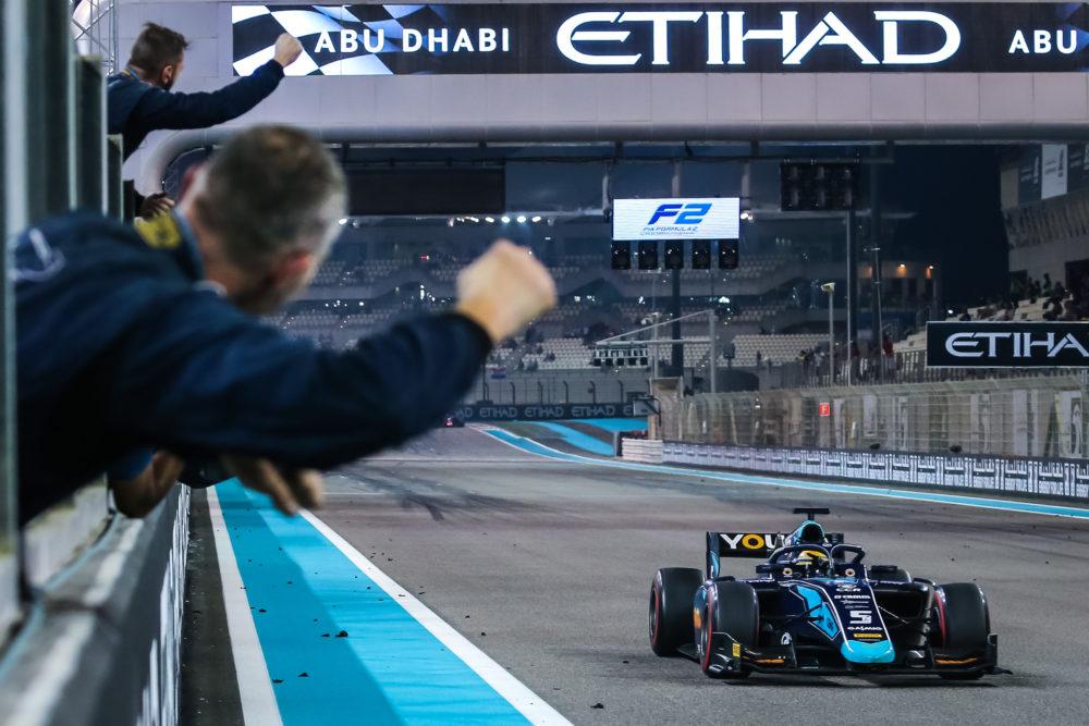 Abu Dhabi (UAE), NOV 29 - DEC 01 2018 - FInal round of the F2 Series at Yas Marina Circuit. Sergio Sette Camara #05 Dams. © 2019 Sebastiaan Rozendaal / Dutch Photo Agency