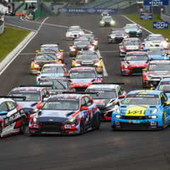 Start of race 3: 86 ESTEBAN GUERRIERI, (ARGENTINA), ALL-INKL.COM MÜNNICH MOTORSPORT, HONDA CIVIC TYPE R TCR, 05 NORBERT MICHELISZ, (HUNGARY), BRC HYUNDAI N SQUADRA CORSE, HYUNDAI I30 N TCR, 68 YANN EHRLACHER, (France), CYAN PERFORMANCE LYNK & CO, LYNK & CO 03 TCR, action during the 2019 FIA WTCR World Touring Car cup, Race of Hungary at hungaroring, Budapest from april 26 to 28 - Photo Florent Gooden / DPPI