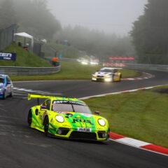 ADAC TOTAL 24h Nürburgring 2021 - Foto: Gruppe C Photography; #911 Porsche 911 GT3 R, Manthey Racing: Matteo Cairoli, Lars Kern, Michael Christensen, Kevin Estre