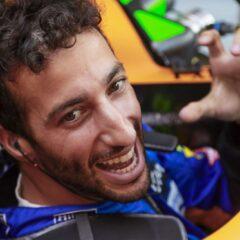Daniel Ricciardo pakt onverwachte zege in Monza